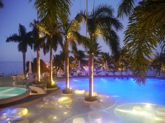 Movenpick Hotel Mactan Island Cebu: Pool