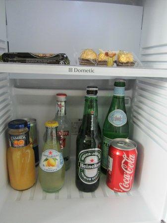 Hotel ICON: Free Mini Bar