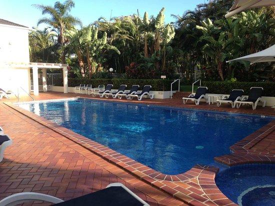 The Crest Apartments (Gold Coast/Main Beach, Australia ...