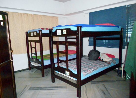 Pitstop Guest House: hab compartida