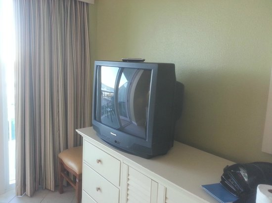 Royal Floridian Resort: old tv..