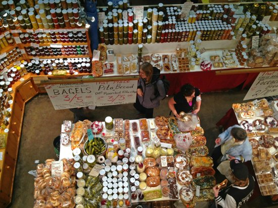 St. Jacobs Farmers Market: Inside of the Farmers Market