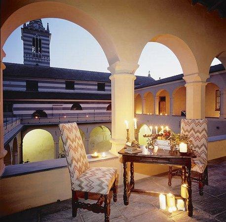 Abbadia san giorgio moneglia italien hotel for Hotel moneglia