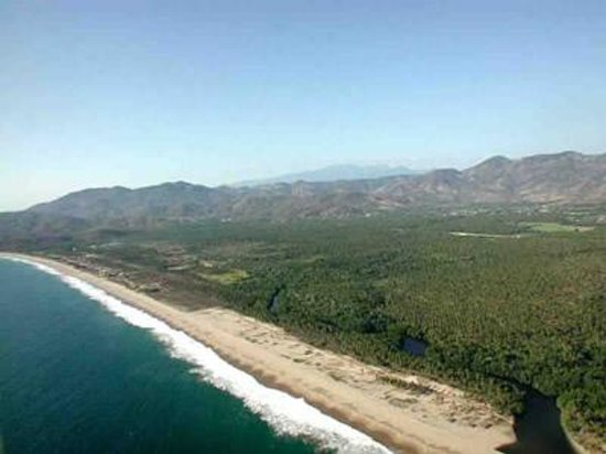 Playa Larga (Zihuatanejo, Mexico): Top Tips Before You Go ...