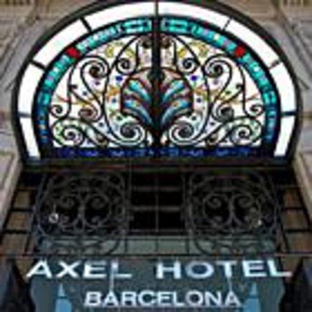 Axel Hotel Barcelona & Urban Spa: Axel front