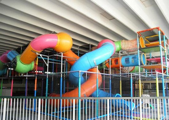 Clarion Inn Fort Wayne : Indoor Playground area