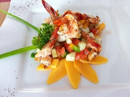 La Vetta Restaurant and Wine Bar: fresh salad