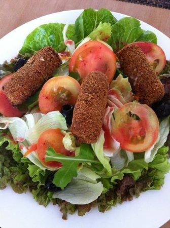 La Vetta Restaurant and Wine Bar: fried mozzarela salad