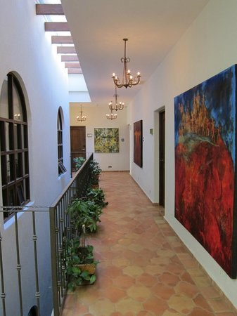 Guaycura Boutique Hotel Beach Club & Spa: hallway