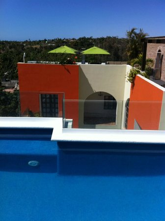 Guaycura Boutique Hotel Beach Club & Spa: roof top pool and deck