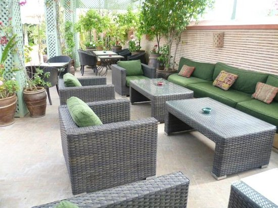 Le Riad Monceau: Seating on roof terrace