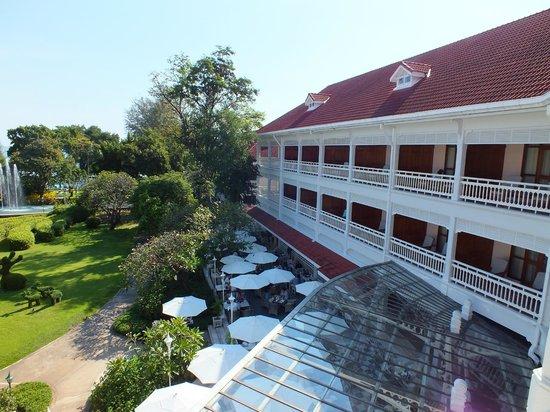 Garden pool picture of centara grand beach resort for 8 villas hua hin