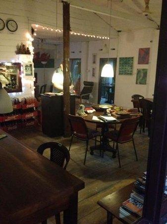 The South Ceylon Restaurant: inside area
