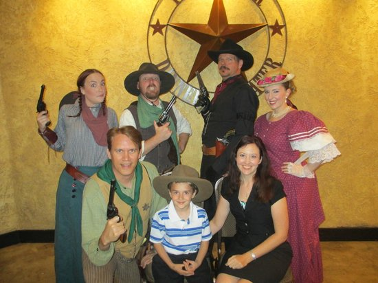 Texas Star Dinner Theater : The Cast and Us