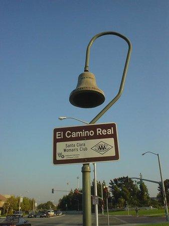 Restaurants Near  El Camino Real