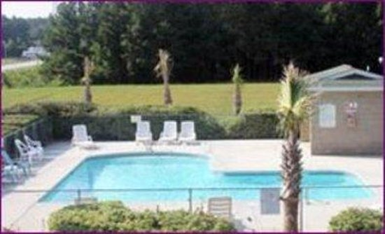 Parkerton Inn: Pool
