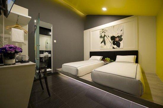 Venue Hotel : Twin- 2 single beds
