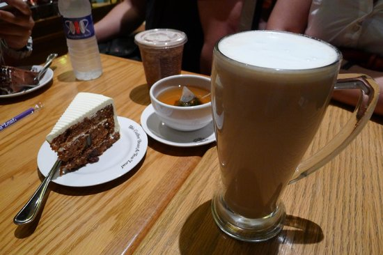 Giant Chai Latte and Carrot Cake at The Coffee Bean & Tea Leaf