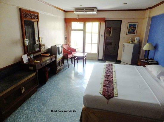 New World City Hotel: Zimmer zur Khlongseite