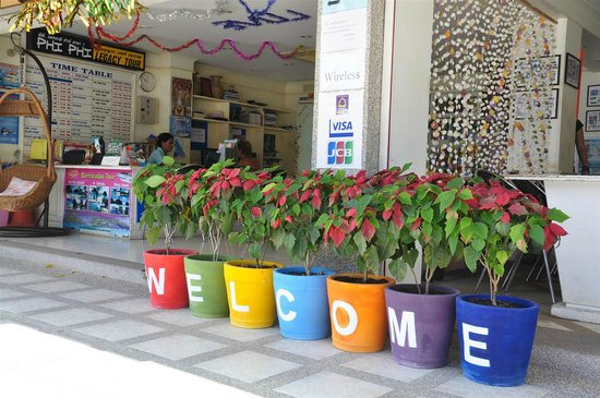 Andaman Legacy Guest House: Welome at the Guesthouse