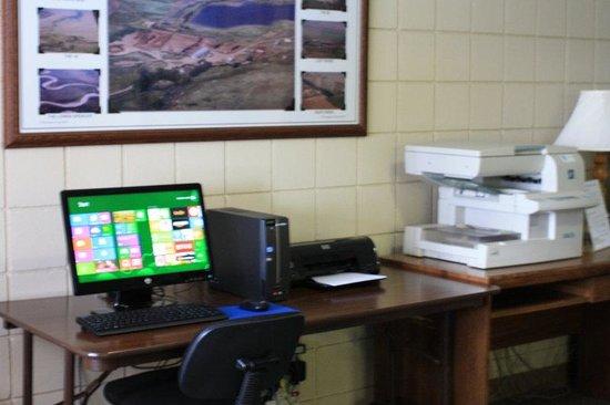 Plains Motel : Business Center