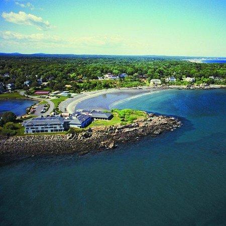 Stage Neck Inn: Aerial Toward Beach