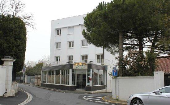 Hotel Le Savary: Le premier contact à l'arrivée