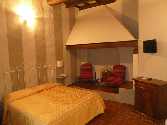Salvadonica - Borgo Agrituristico del Chianti: Classic room