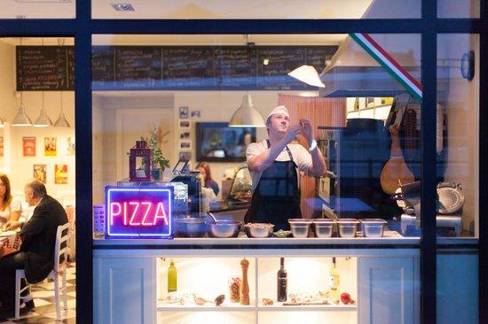 Sempre Pizza e Vino - Gdańsk Targ Rybny