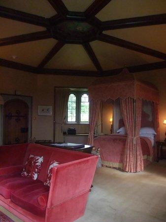 Thornbury castle dukes bedchamber
