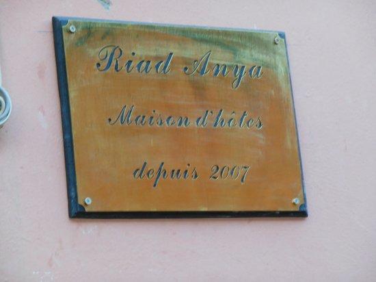 Riad Anya : Hélene et Serge