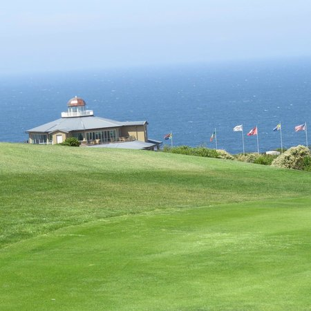 Pinnacle Point Beach and Golf Resort: club house