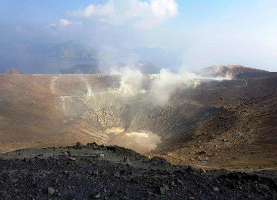 Scalata al Cratere : Il gran cratere.