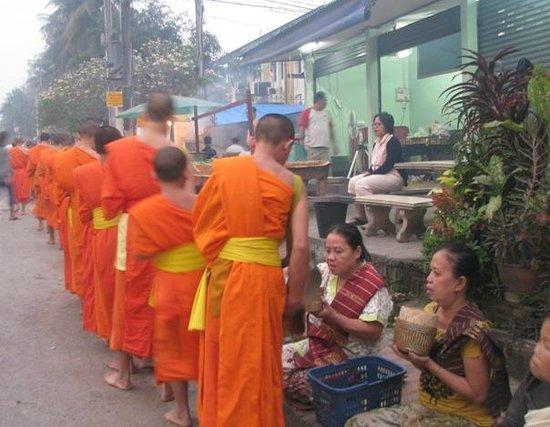 Mekong Moon Inn: In the morning