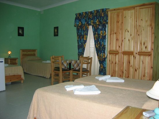 Duncan Guest House: 1 large room sleeping 4 persons