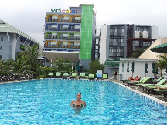 Samui Verticolor: Pleasant and comfortable pool