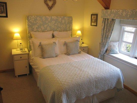 Millstream Cottage: Double room re-vamp