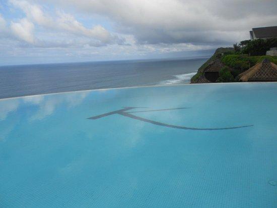 Karma Kandara: view from pool side
