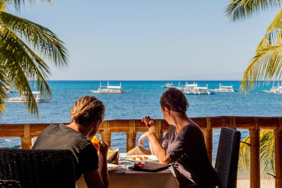 Ocean Vida Beach & Dive Resort: Breakfast time