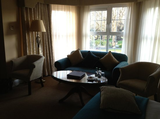 Ballygarry House Hotel & Spa : relax with a coffee and enjoy the tranquility