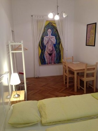 Jacob Brno Apartments - Hostel - Penzion : The upgraded double room!