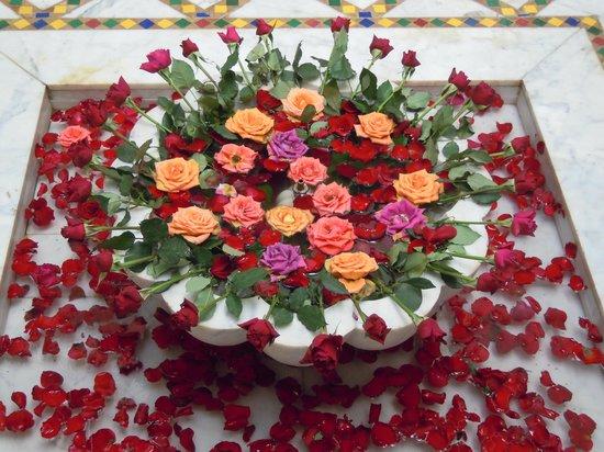 Riad Al Kadar: Le rose non mancano mai!