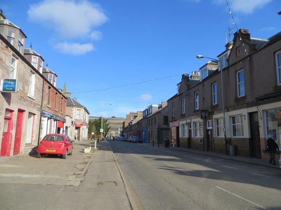 Tigh Na Leigh: Main Street of Alyth
