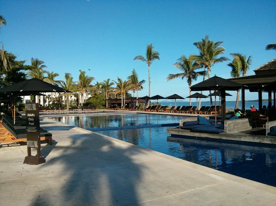 Hilton Fiji Beach Resort & Spa: Pool