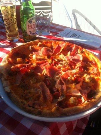 Ristorante Pizzeria Paradiso Da Toni: Pizza