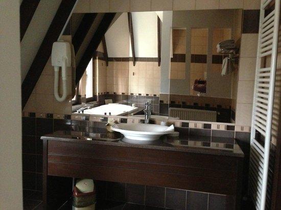 Pension Casa Teo: Bathroom