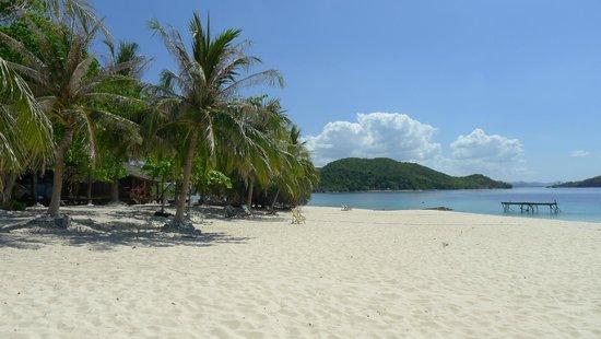 Mangenguey Island: Main beach