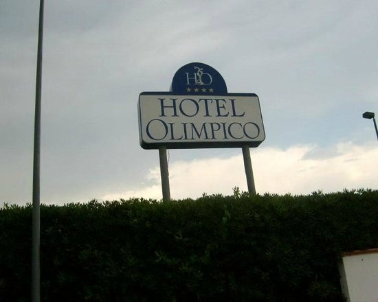 Hotel Olimpico: FRENTE