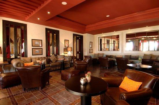 La Villa Blanche: Bar