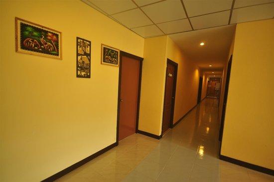 Pak Klong Sea Side: Hotel Interior